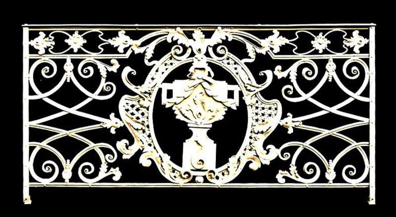 Kovaná mříž z 18. století replika