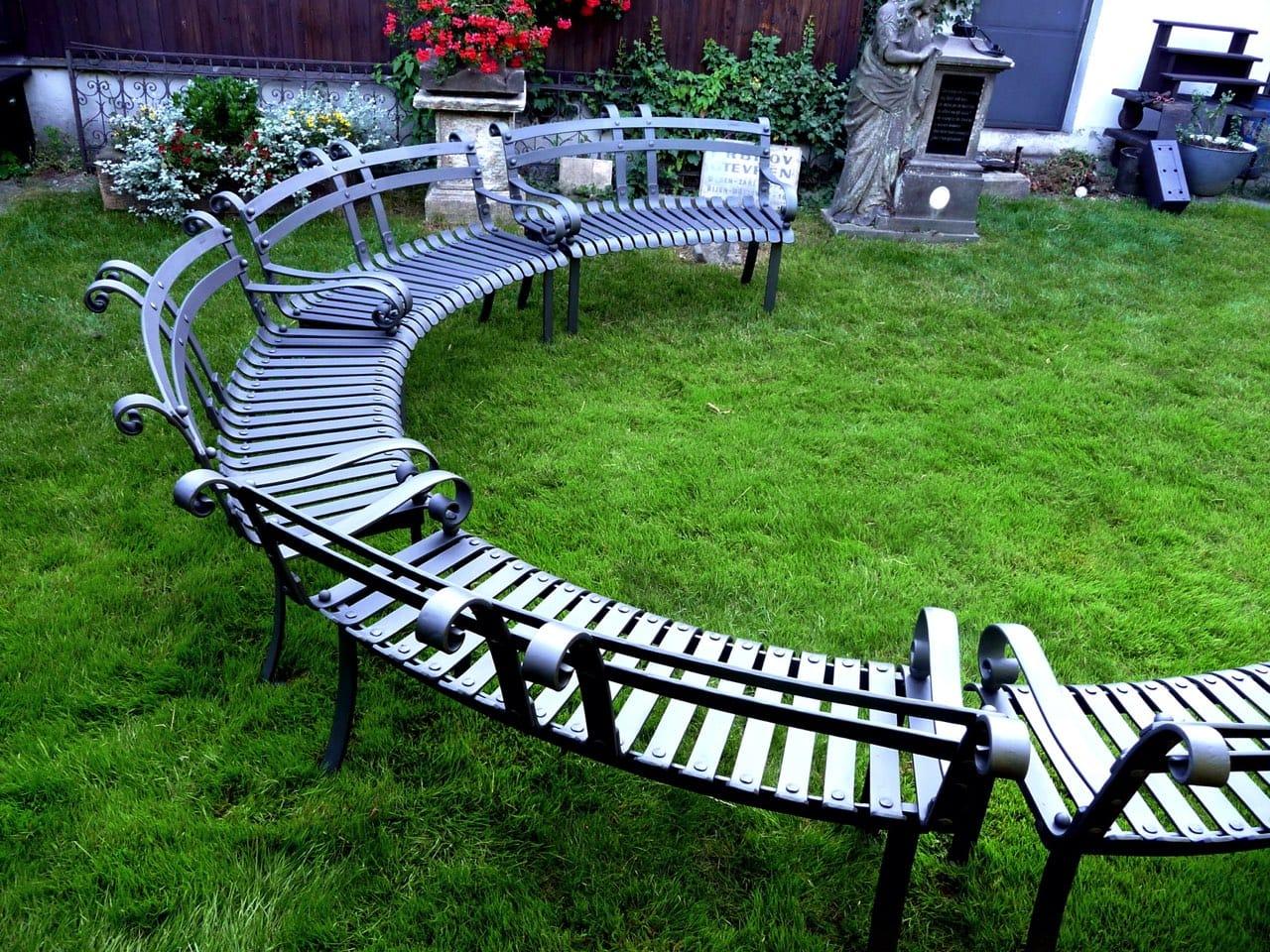 Kované lavičky